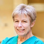 Dr n. med . Elżbieta Lipecka-Kidawska